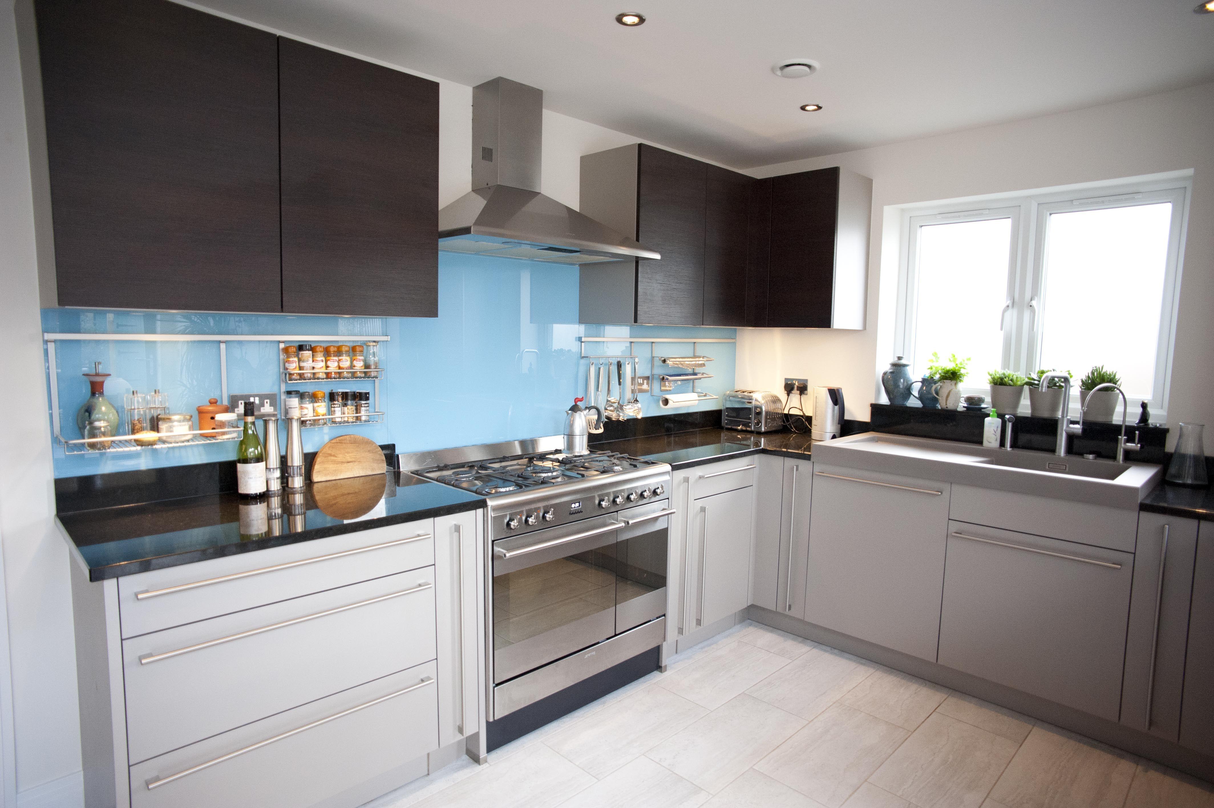 Nolte Kitchens | Glass splashbacks, Kitchens and Kitchen splashback ...