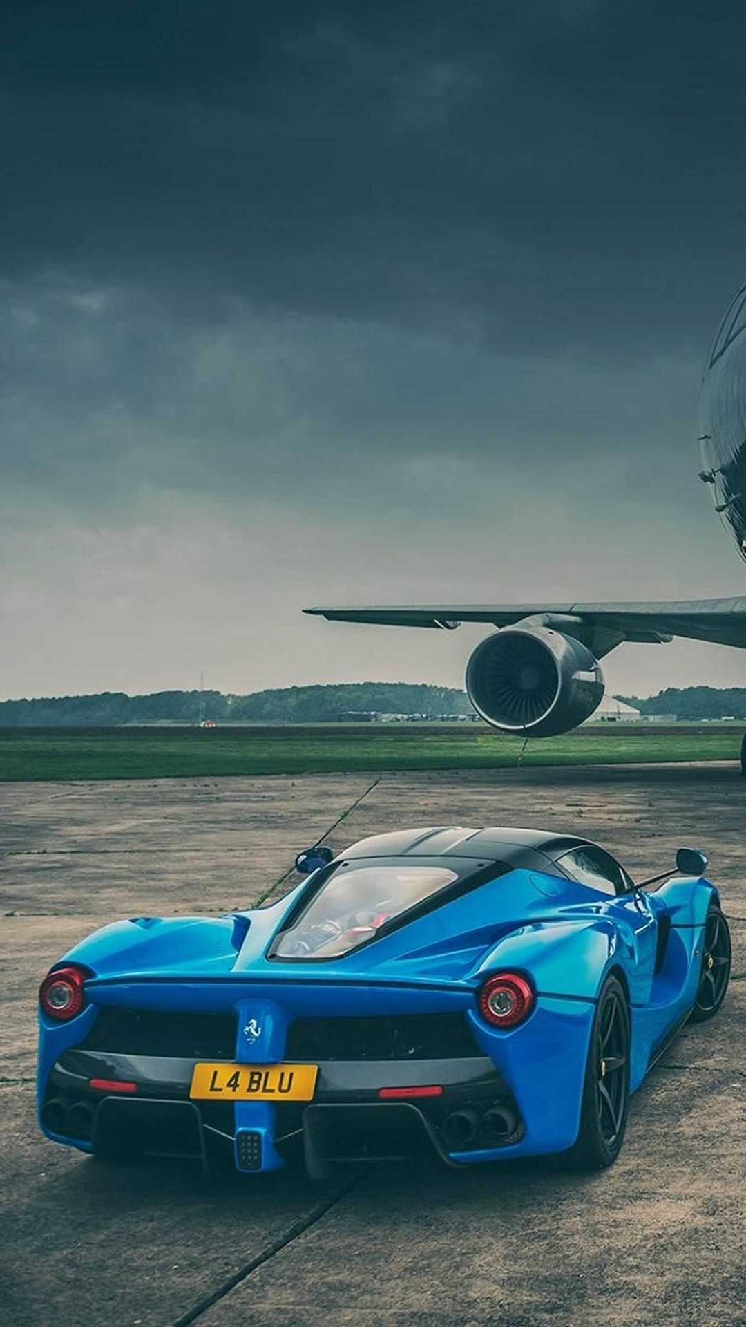 Ferrari iPhone Wallpapers | Sports cars luxury, Car wallpapers, Ferrari laferrari
