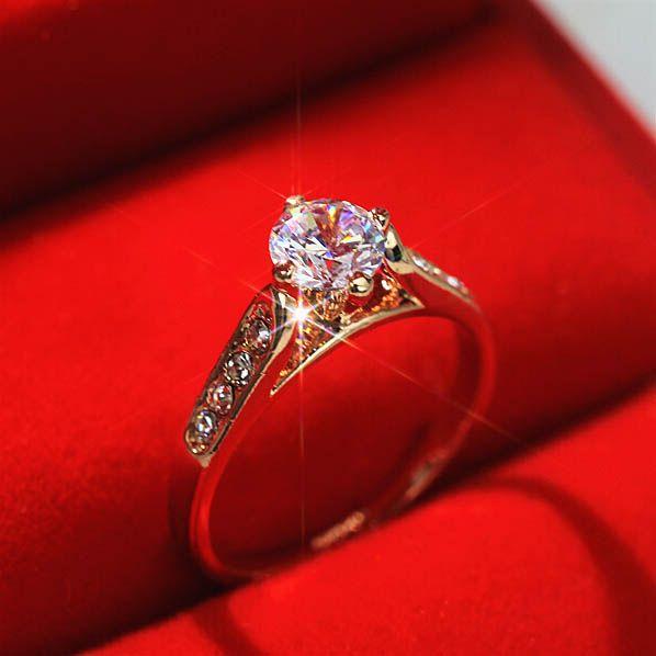 Ustyle جديد 2015 خاتم الزواج للمرأة الكلاسيكية الذهب الأبيض مطلي 1ct الأعلى تشيكوسلوفاكيا ستون خواتم الا Black Stone Ring Wedding Rings For Women Rings For Her