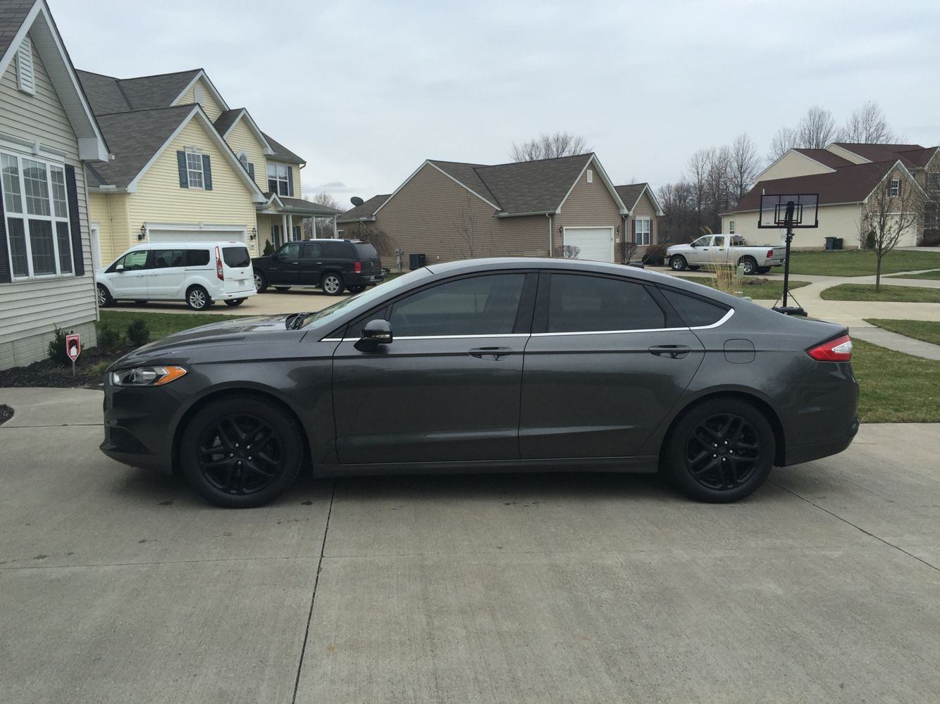 Plasti dipped 2016 ford fusion wheels