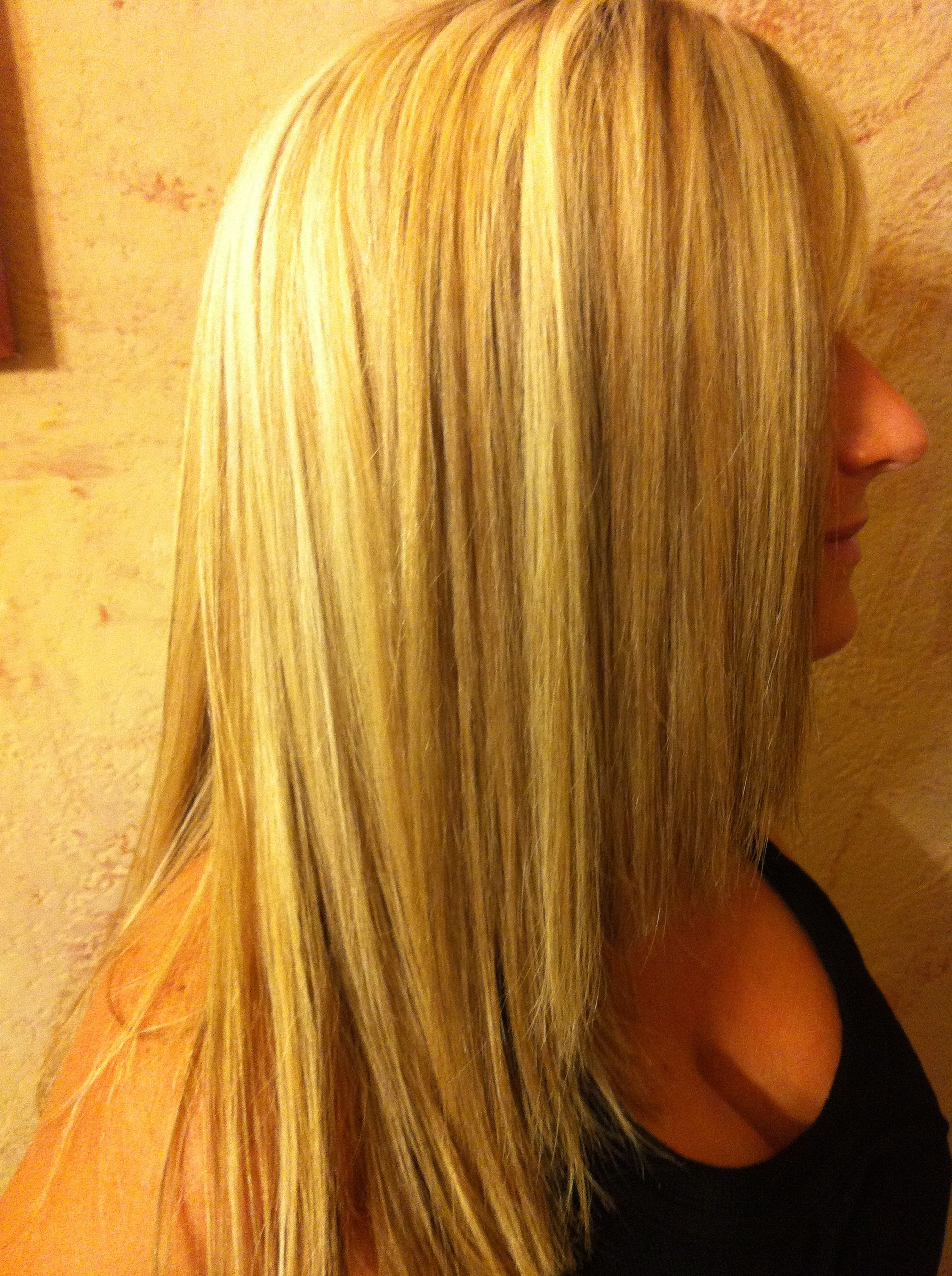 Three Dimensional Hair Color Via Weave Adds Texture And Shine