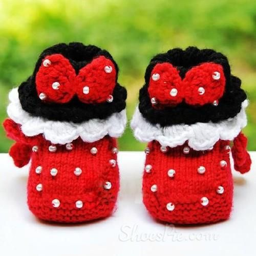 Sweet Hand Knitting Bowtie Baby Shoes