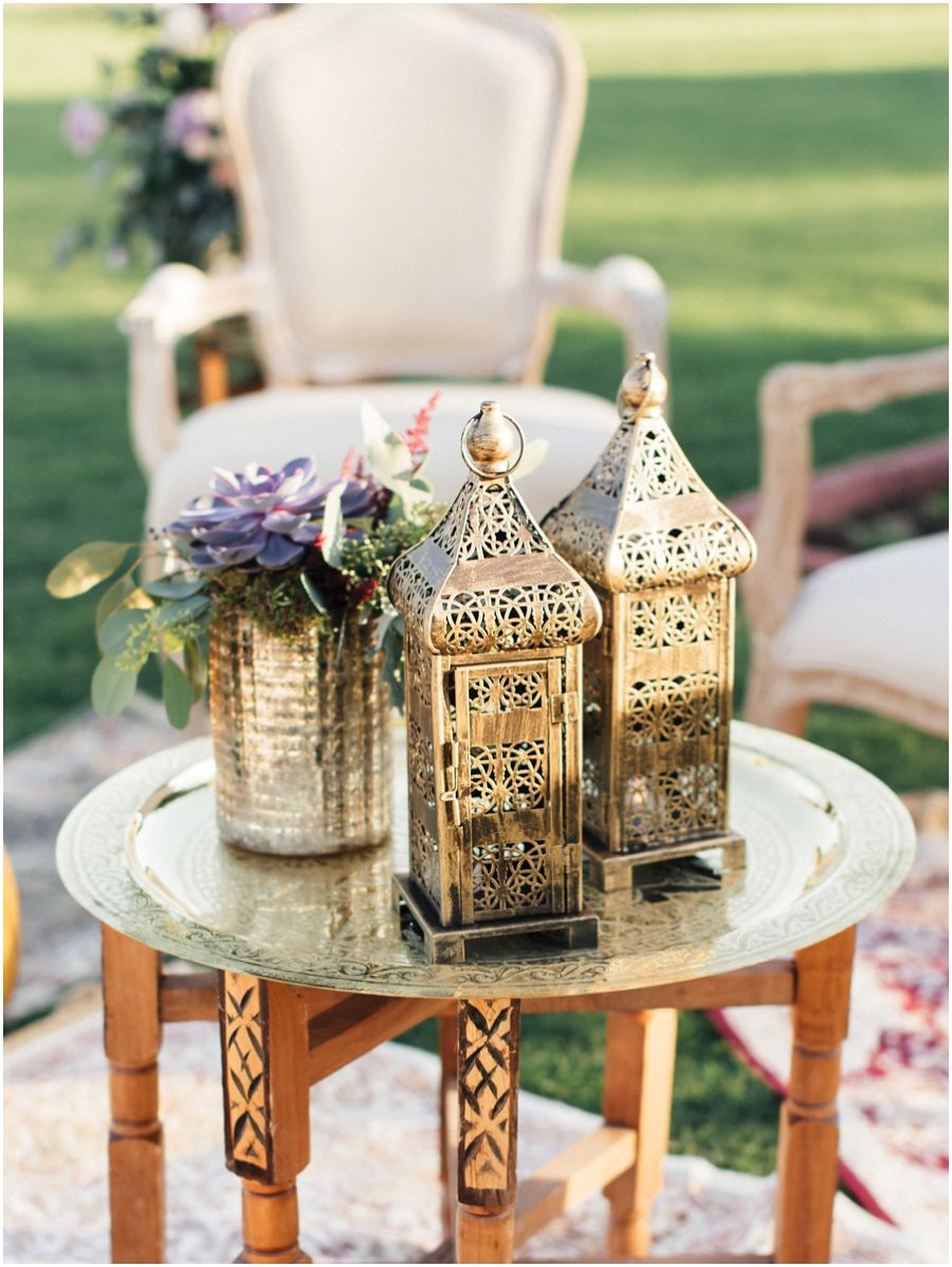 Arabesque wedding at Desert Palm from the girls at The Purple Chair // Photography by Joem Aldea