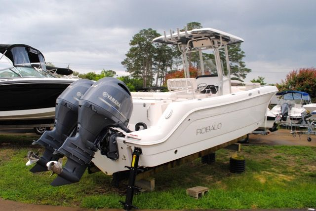 5212ccec945c1de5d8134d83fe56a7a8 2016 robalo 242 center console for sale! your source for robalo robalo 1820 wiring diagram at webbmarketing.co