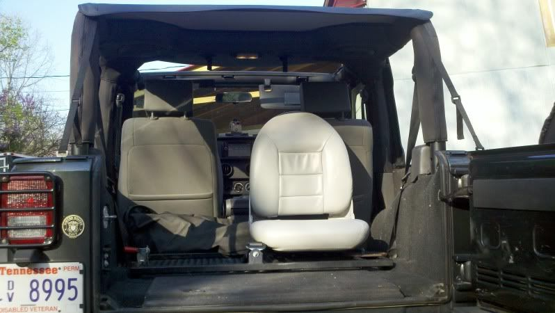 Single Rear Seat In Jk Jeep Wrangler Forum Jeep Wrangler Jk