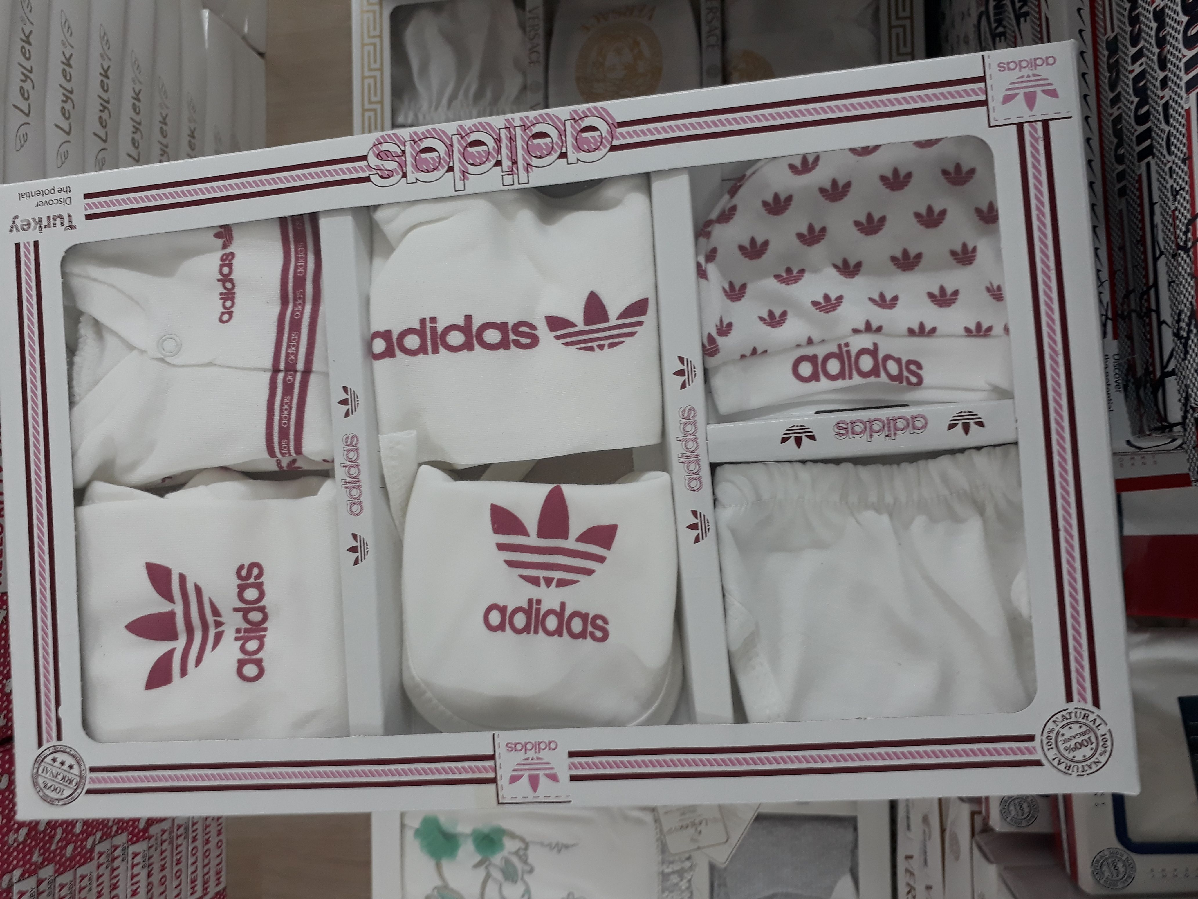 Disciplina ex heroico  adidas baby clothes box set wholesale | Wholesale kids clothing, Kids  wholesale, Wholesale baby clothes