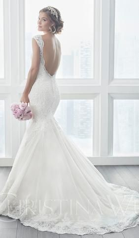 Try This Beautiful Wedding Dress Beautiful Lace Appliques