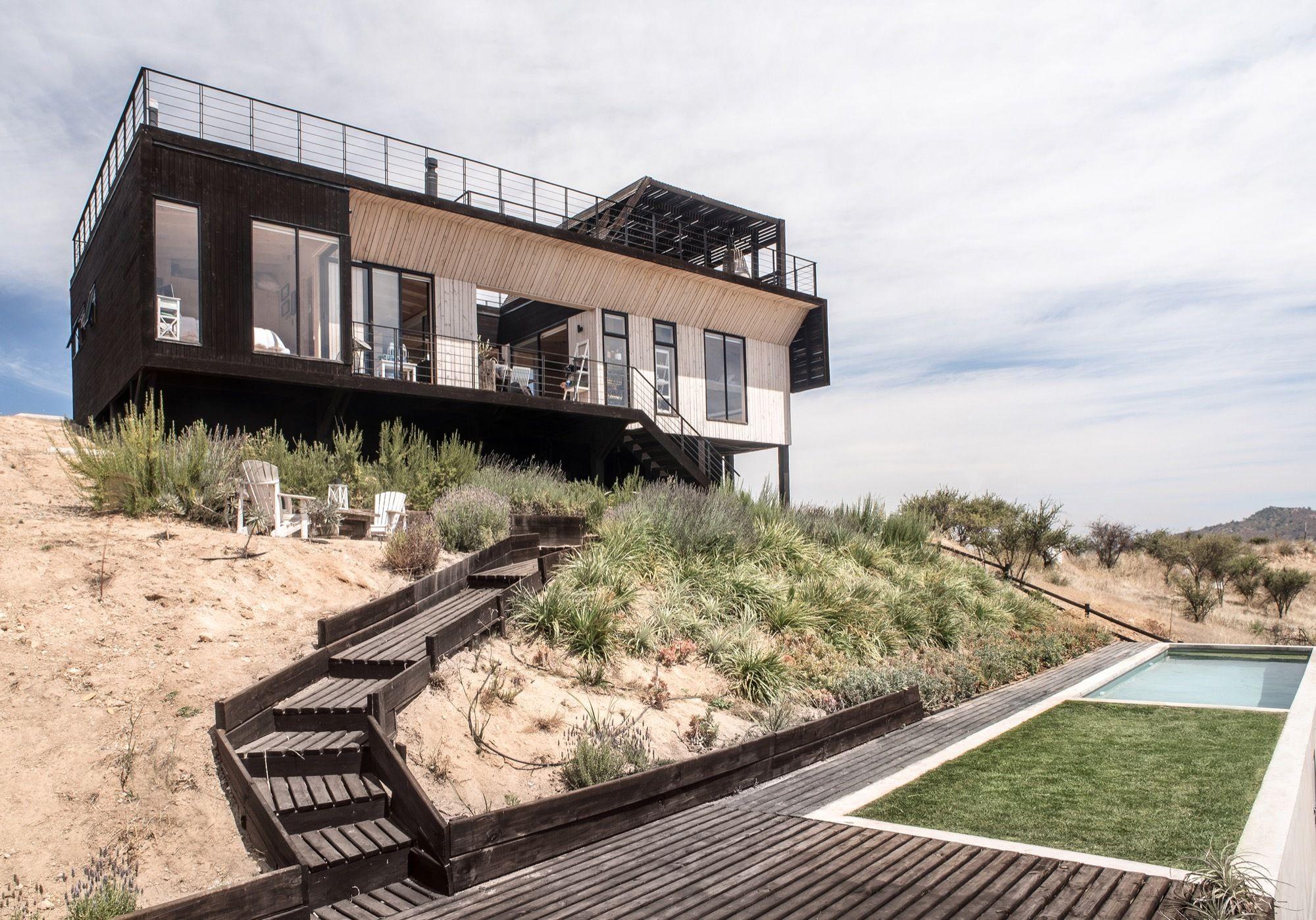 Awesome The Folding House / B+V Arquitectos