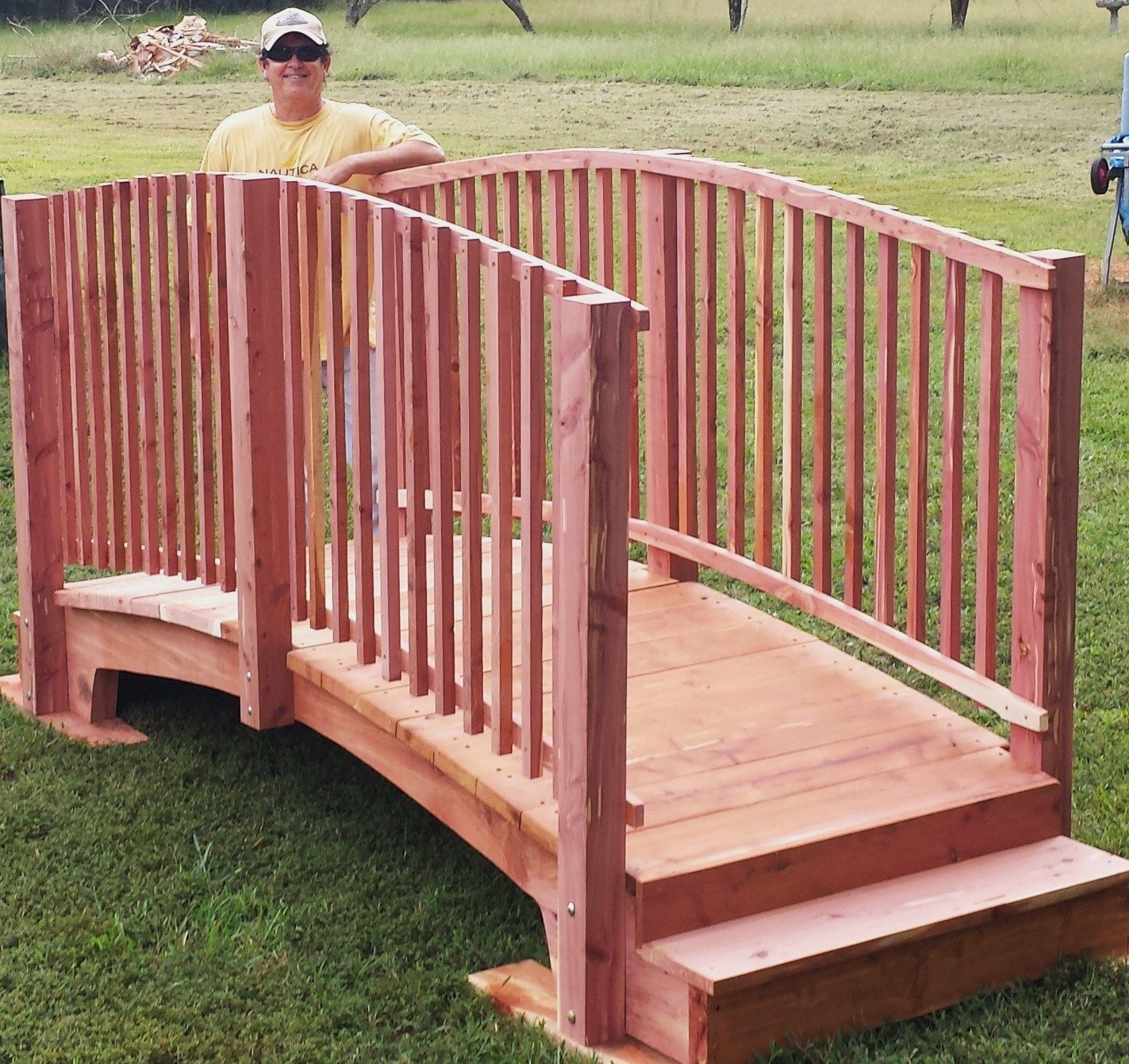 Best 12 Ft Spindle Rail Bridge To Go Over A Pool In Tn Diy 400 x 300