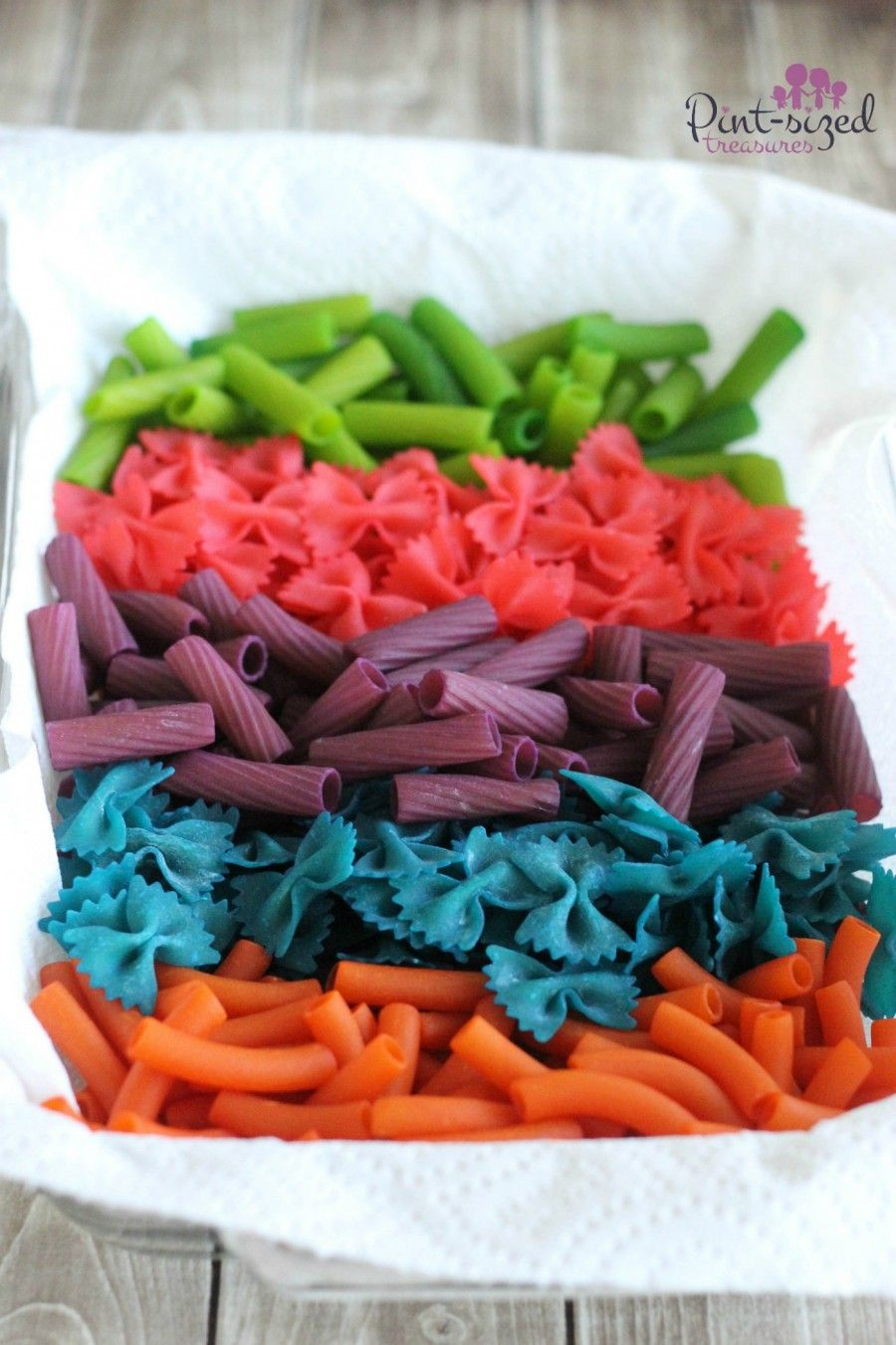 Pasta Necklace Craft --- Cute and Colorful! | Pasta and Craft