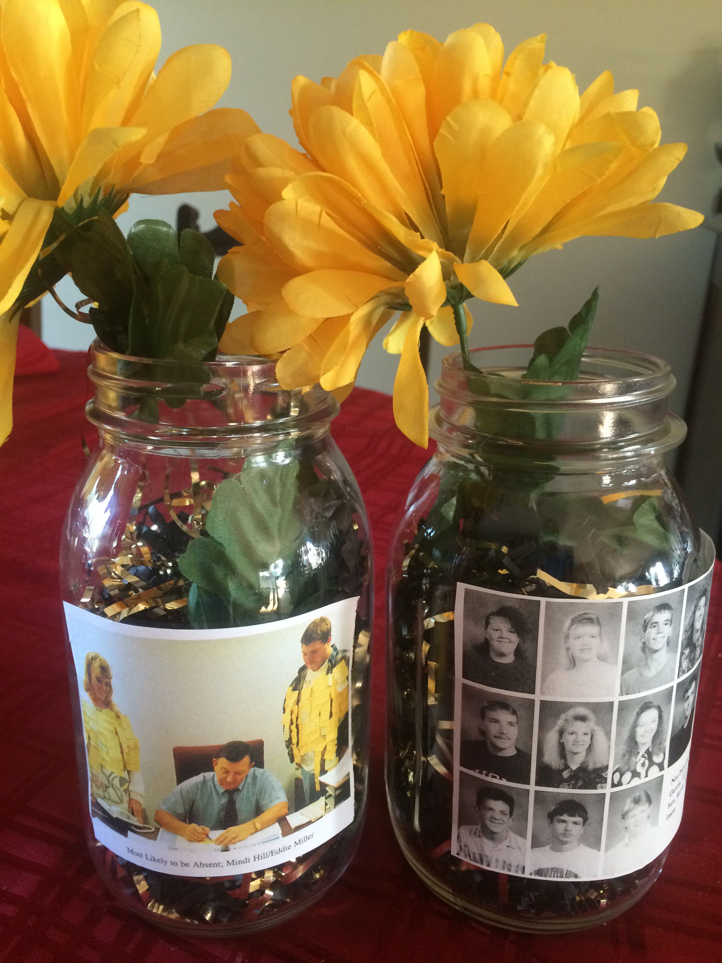 Pin By Lola Rusin On Reunion Decorations In 2020 Reunion Centerpieces Reunion Decorations Class Reunion
