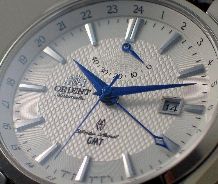 Đồng hồ GMT siêu phẩm thời trang và thời gian
