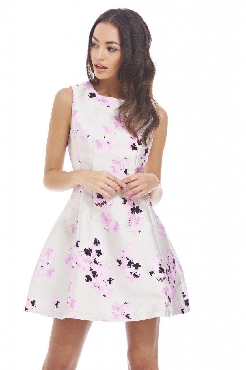 14+ tolle Sommerkleid-Ideen für Frauen in diesem Jahr in ...
