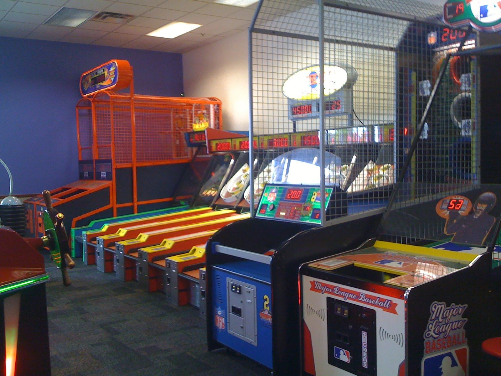 Kids Games, Arcade Area & Tasty Pizza | Chuck E. Cheeses