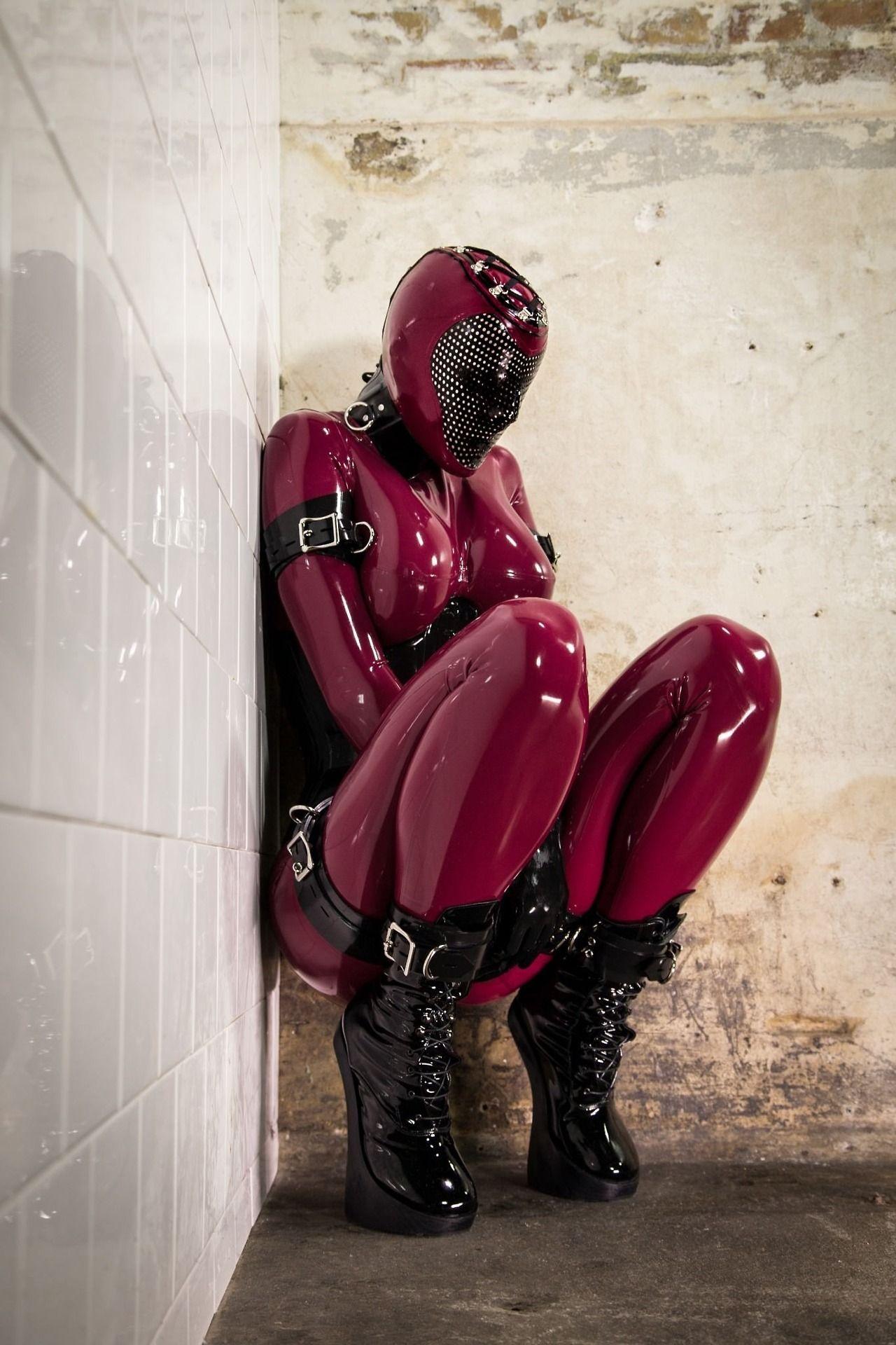 Pittsburgh rubber fetish wear jizz