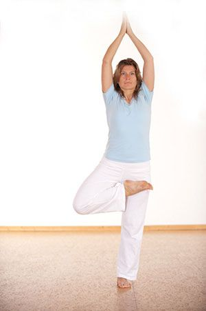 yoga yogi yogapose http//wwwartofliving/brpt