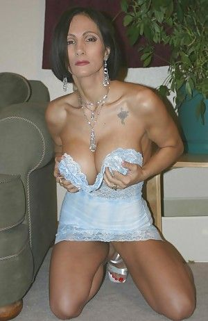 Milf Wife Galleries