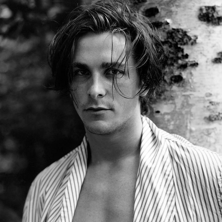 """Photo of Instagram on Instagram: """"Christian Bale in 1998 Who is your celebrity crush? #christianbale #actor #americanpsycho #thedarkknight #themachinist #popculture # icon… """""""