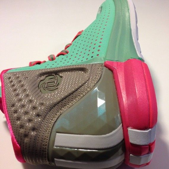 buy popular 87c8c f727a Boardwalk adidas D Rose 4