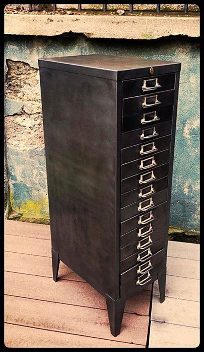 Meuble industriel / classeur / semainier 15 tiroirs Patine
