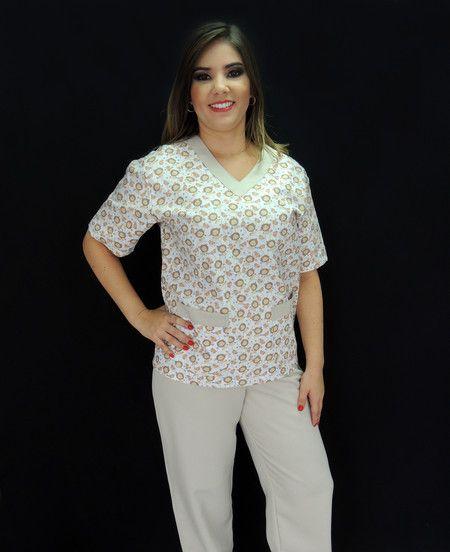 9faf52722 Pijama Cirúrgico Feminino Estampado Leõezinhos - Ateliê do Jaleco | Jalecos  Diferenciados
