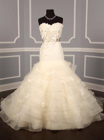 Hustle Your Bustle: Anne Barge Devereaux Wedding Dress $2150.00 ~ Hustle Your Bustle