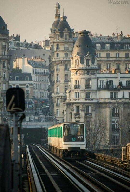Paris, métro  _____________________________ Bildgestalter http://www.bildgestalter.net
