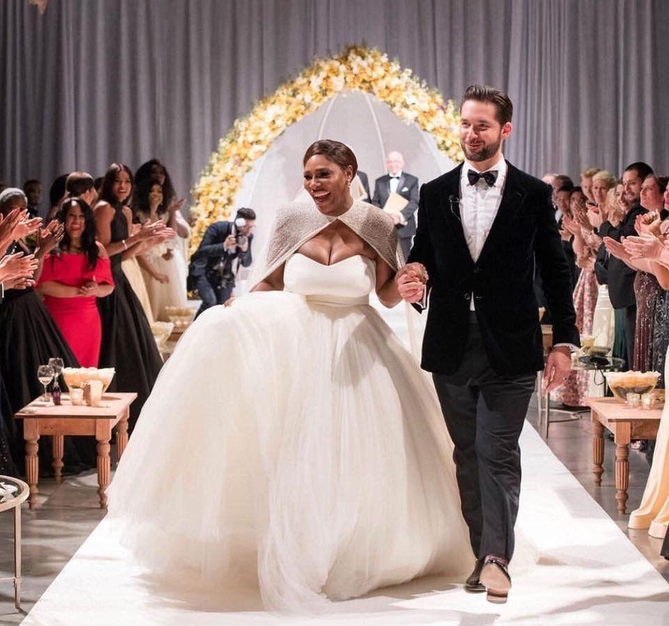 Serena And Alexis Ohanian Serena Williams Wedding Celebrity Wedding Dresses Serena Williams Married