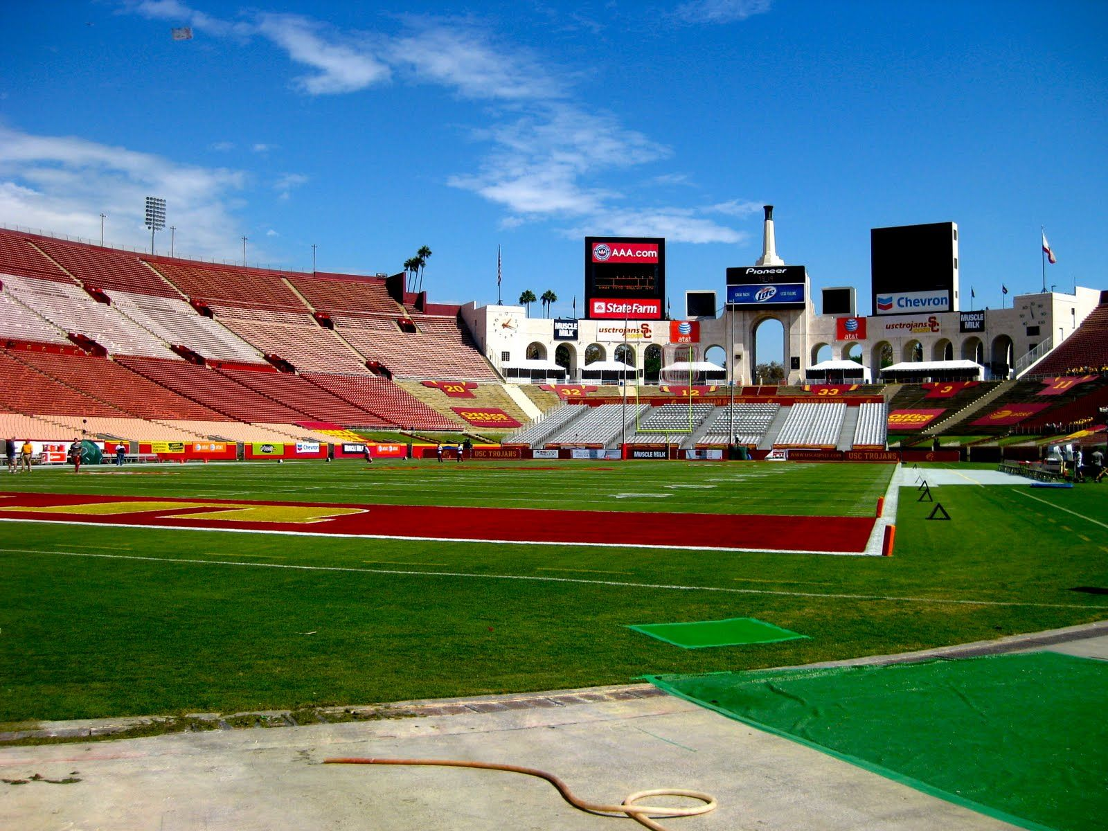 Our Stadium Usc Trojans Football Fighton Usc Athletics Usc