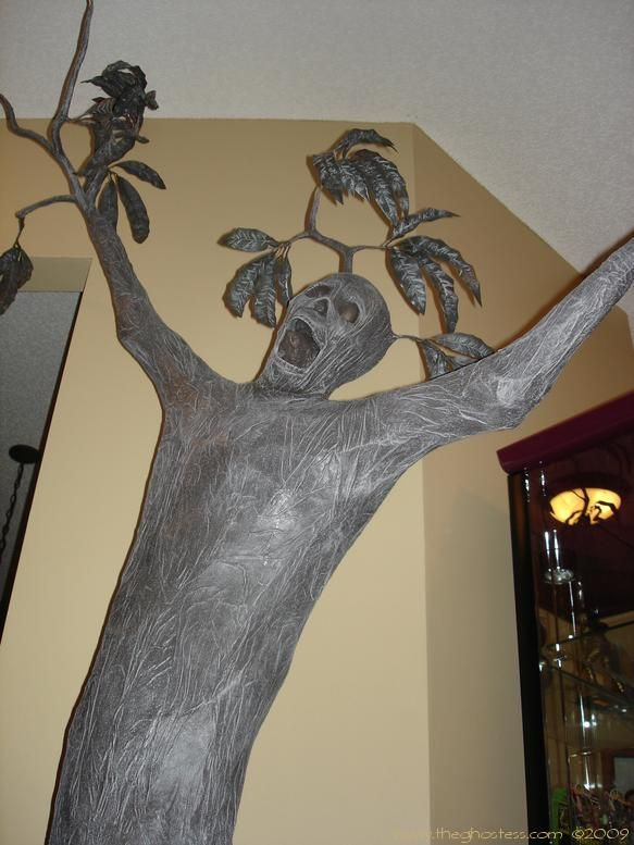 Wailing tree made from pvc pipe chicken wire paint for Things made out of paper mache