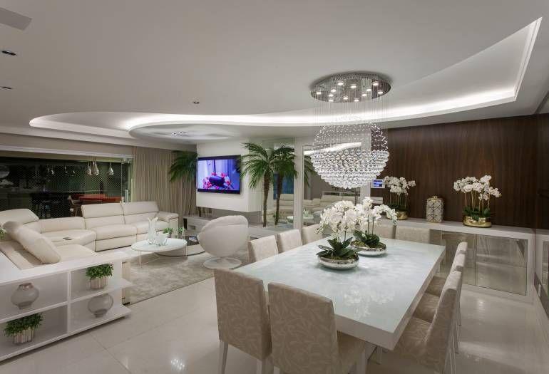 Apartamento luxuoso decoracao cores claras sacada suite for Apartamentos modernos 2016