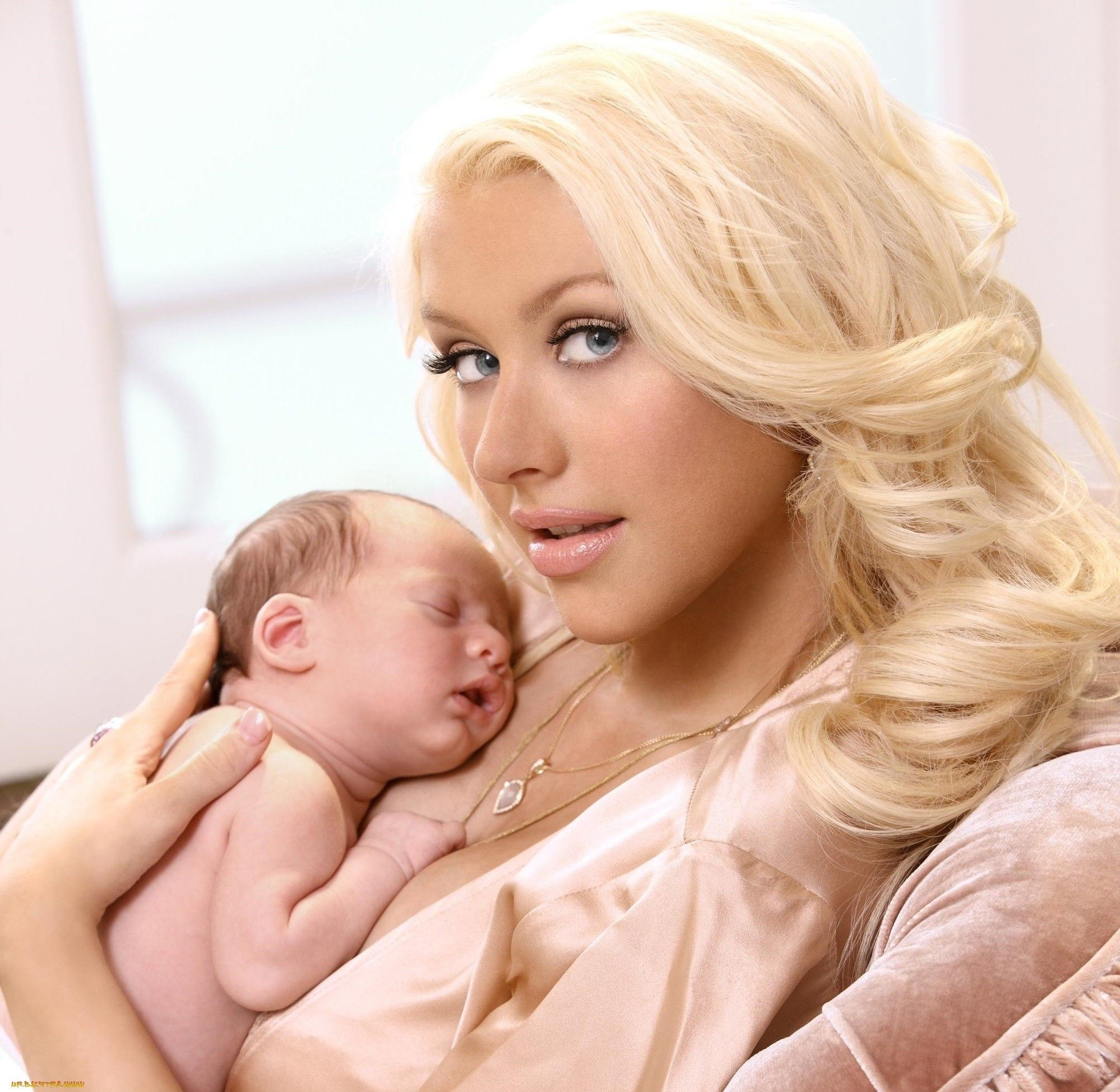 Did Christina Aguilera Get Plastic Surgery? | Christina aguilera ...