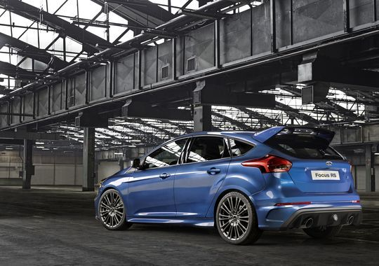 Ford Reveals Focus Rs Hot Hatchback Focus Rs Ford Focus New