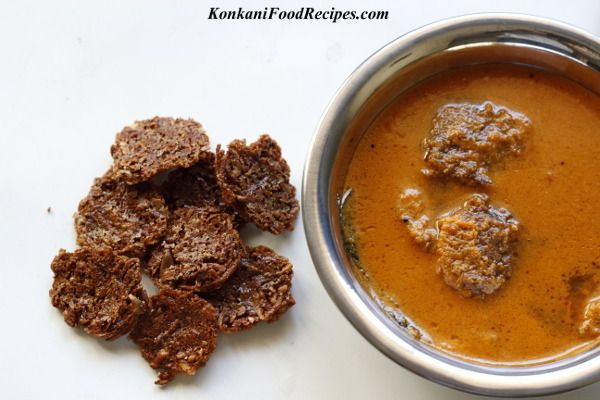 Ash Gourd Fritters In Spicy Coconut Curry Odi Ghashi Konkani Recipes Veg Dishes Cuisine Recipes