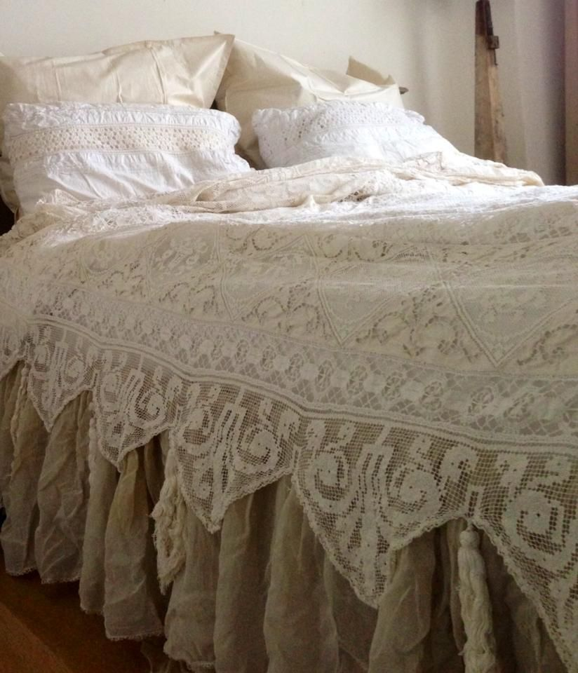 Shabby chic bedding ideas bedroom shabby chic rustic for Shabby chic bedspreads comforters