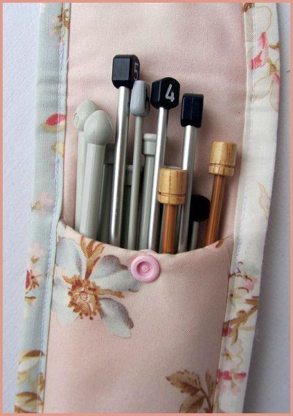 pochette aiguilles tricoter couture pinterest tricot couture et coudre. Black Bedroom Furniture Sets. Home Design Ideas
