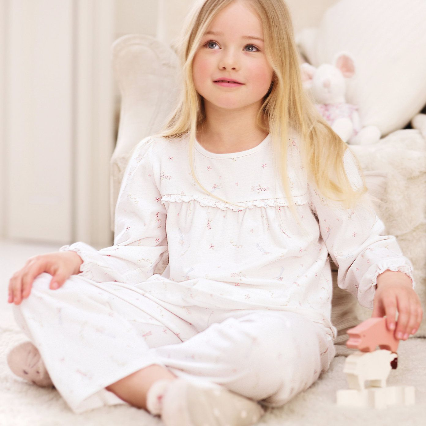 29c0f02be131b5 Vintage Fairy Pyjamas, The White Company. Favourite little girl PJs to date
