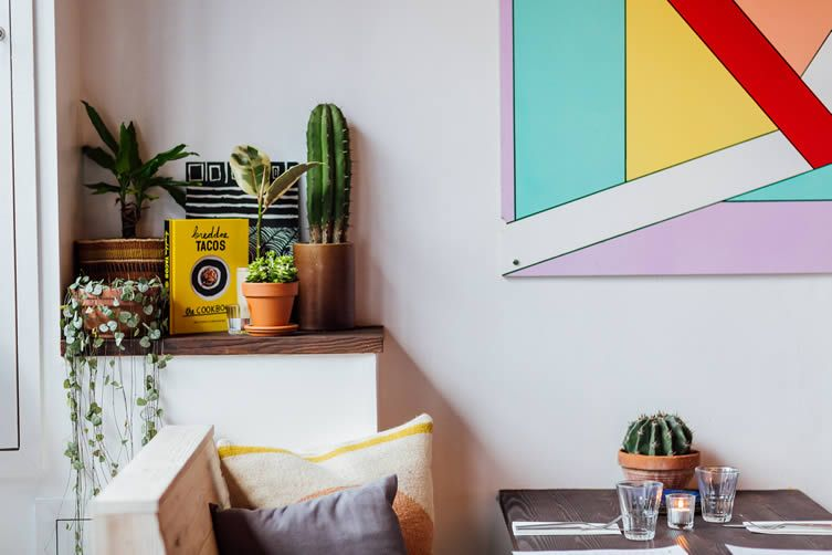 It'll take more than a wall to stop the hordes flooding into this Mexican-infused Clerkenwell taqueria...