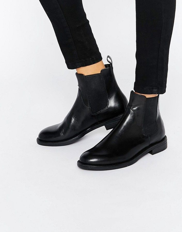 fc39ec81a2654 Vagabond Amina Black Leather Chelsea Boots | HOW TO WEAR BLACK BOOTS ...