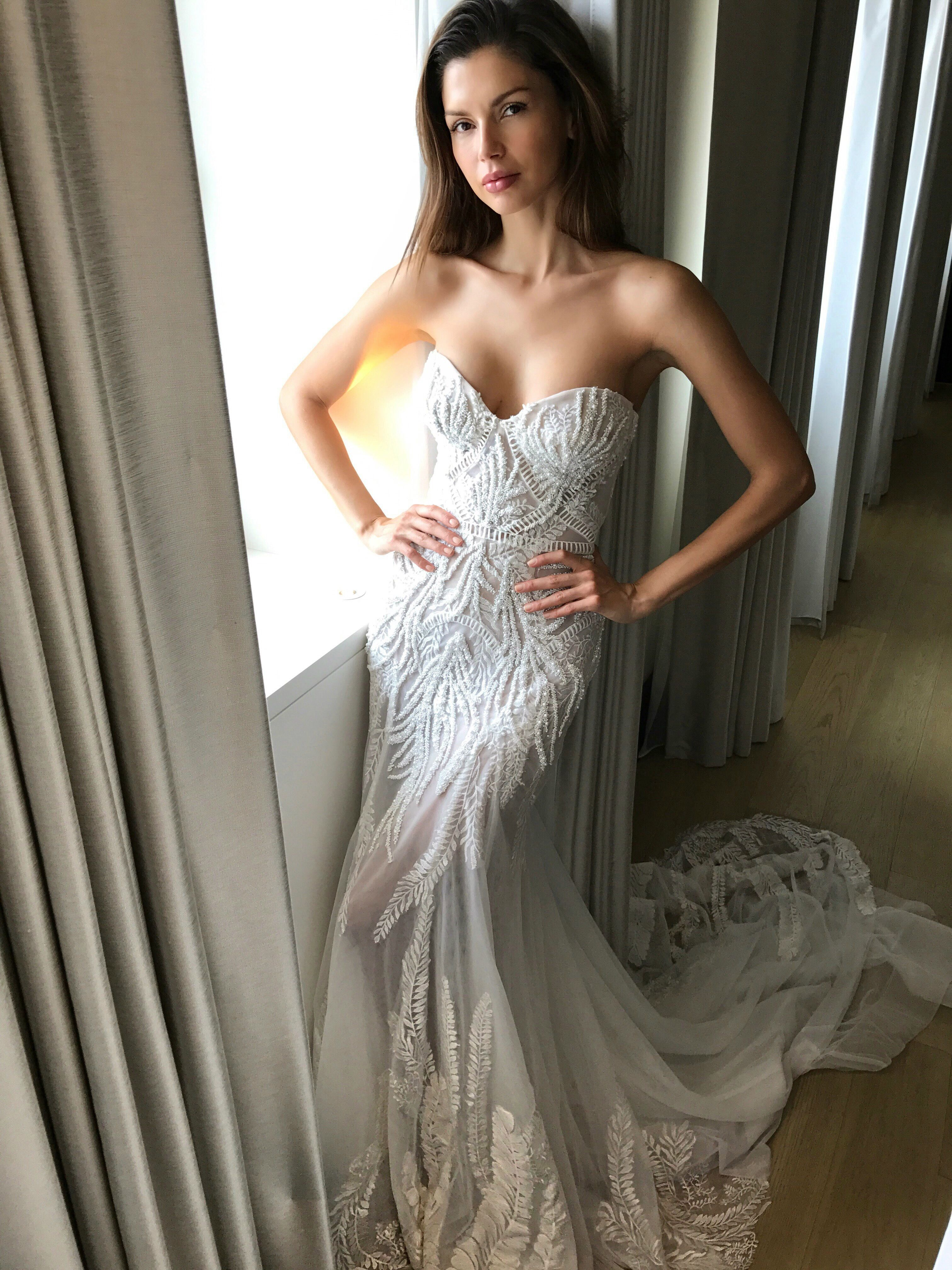 These are the prettiest wedding dresses from fall 2017 bridal week these are the prettiest wedding dresses from fall 2017 bridal week ombrellifo Image collections
