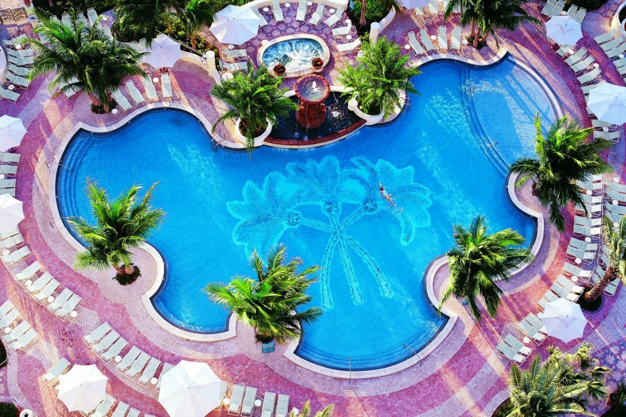 10 Best Family Friendly Beach Hotels In Florida Miami Beach Hotels Loews Miami Beach Loews Miami Beach Hotel