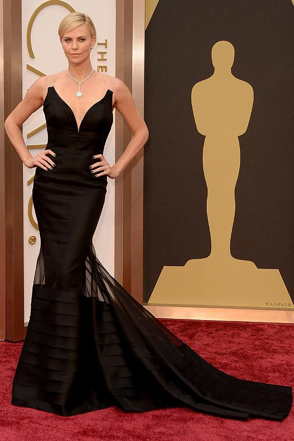 Charlize Theron by Dior Alta Costura – Oscar 2014