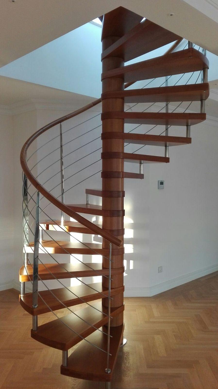 Escaleras de caracol de madera en kit modelo kubo en 2019 - Diseno de interiores malaga ...