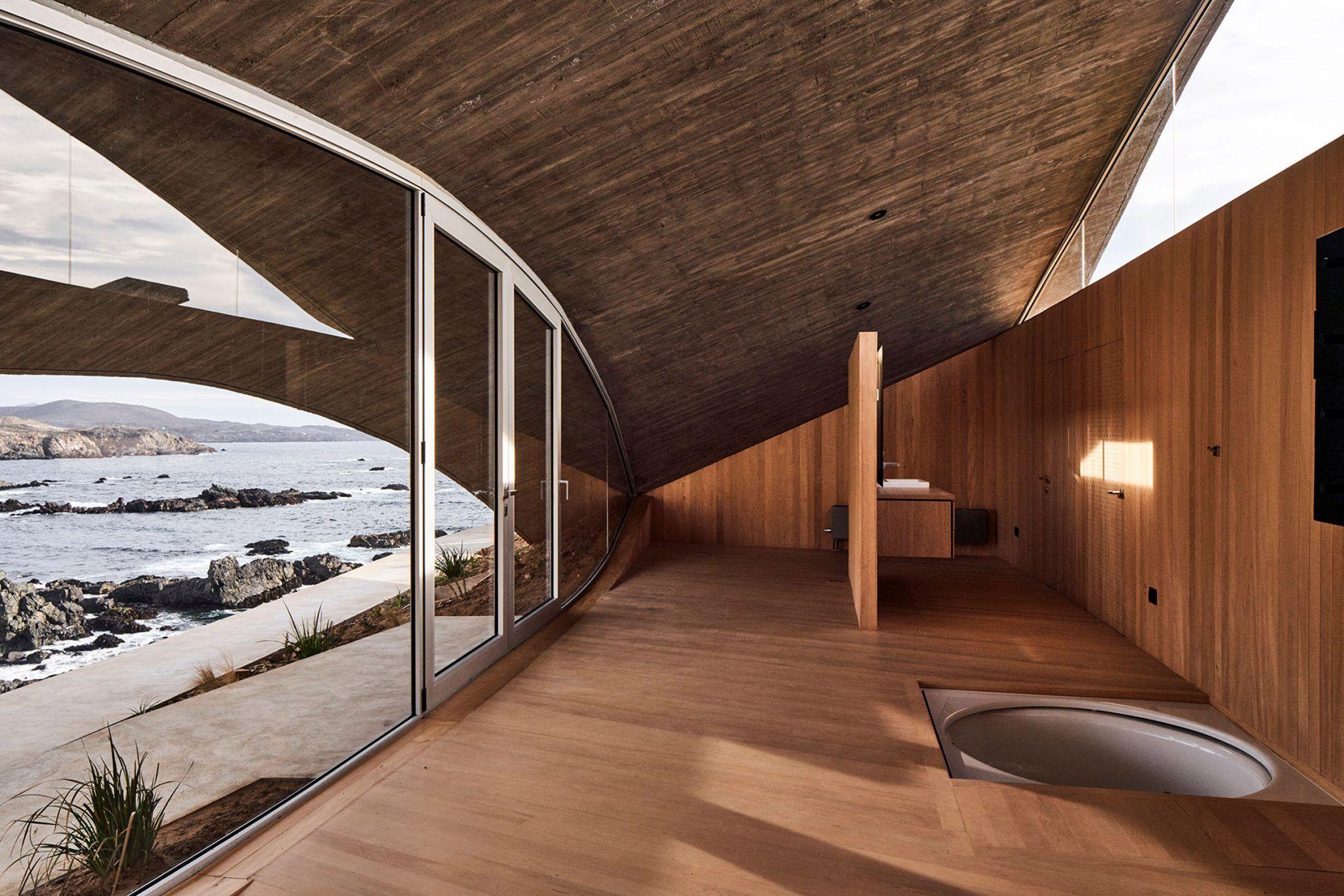 Wavy Concrete Roof Covers Weekend Retreat In Chile By Ryue Nishizawa In 2020 Ryue Nishizawa Concrete Roof Weekend Retreats