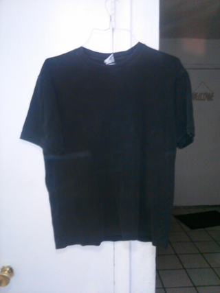 OLD NAVY BLACK T-SHIRT SIZE LARGE EXCELLENT CONDITION