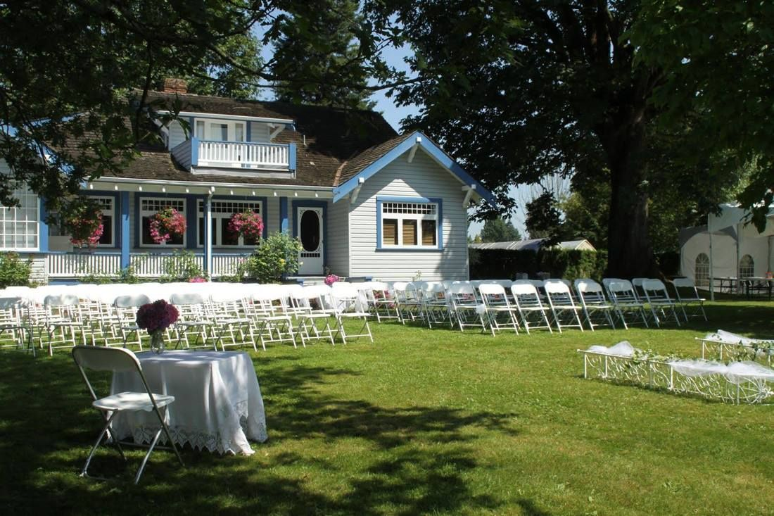 Carriage House Farm Langley Bc Vancouver Wedding Venue Carriage House Dream Wedding Venues