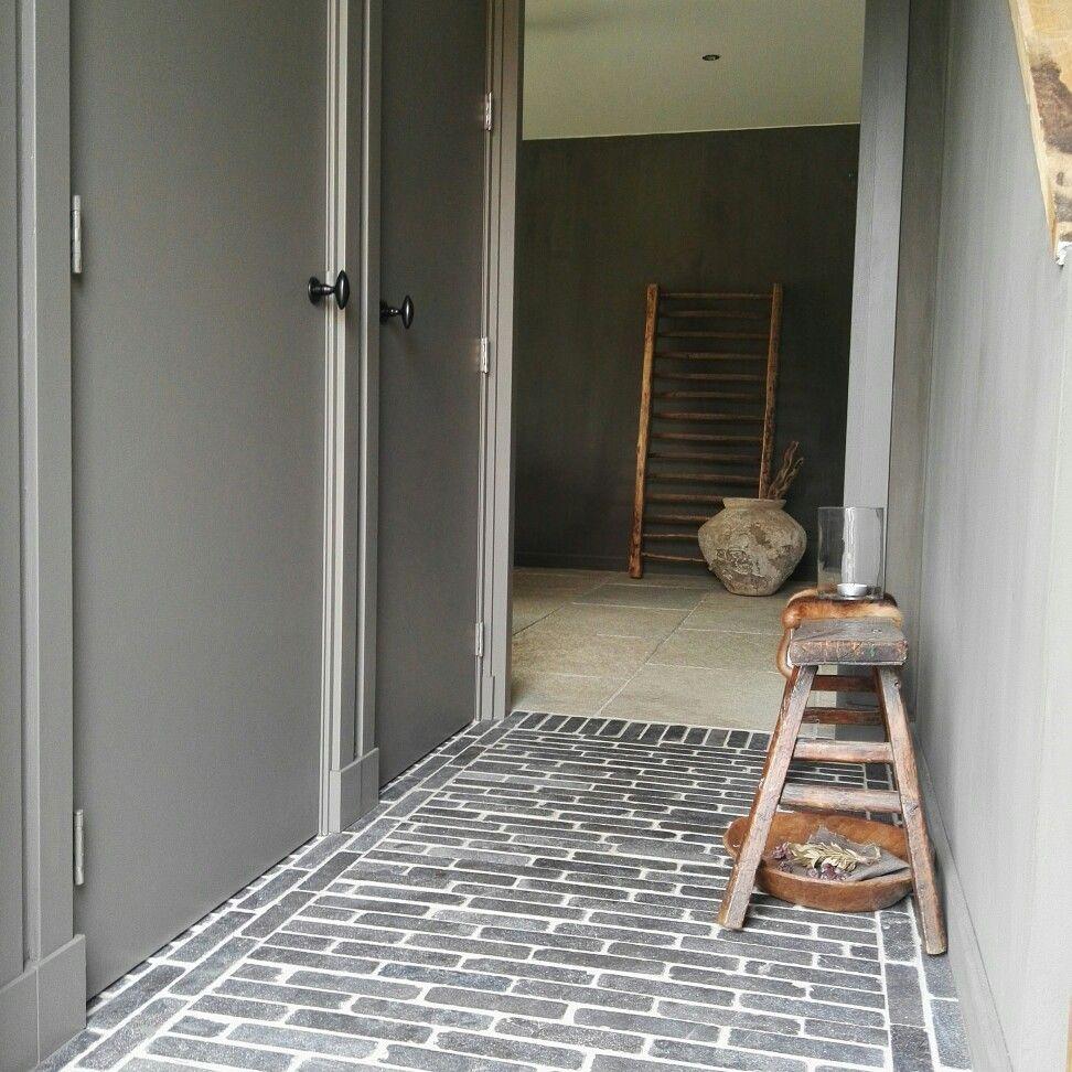 Hall my home pinterest vloeren plinten en deuren - Moderne entreehal ...