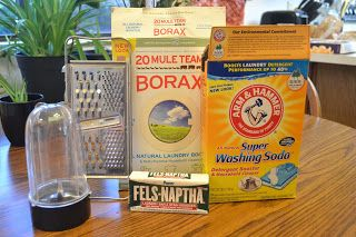 one girls diabetic life: Frugal Laundry Soap