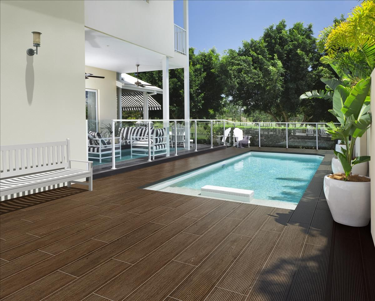 Porcel nico antideslizante imitaci n madera wengu para exteriores merbau deck wengu 1 23x120 - Imitacion madera exterior ...