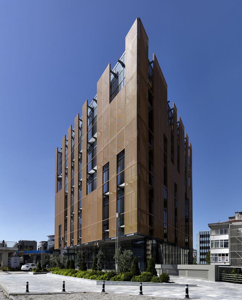 Gallery of Mermerler Plaza / Ergün Architecture - 13